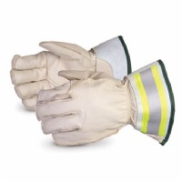 "5-Finger Lineman Glove c/w 2"" Cuff Water Repellent Size Large"