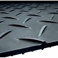 4x8 Black Mat w/ Cleats On Both Sides c/w Hand Holes